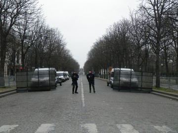 Des barricades attendent