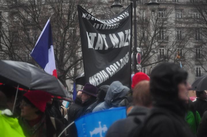 État Nazi, médias collabos