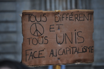 Unis contre le capitalisme